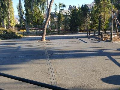 Συντήρηση διαδρόμων για διέλευση πεζών και οχημάτων εντός του Άλσους Περιστερίου